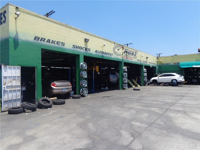 Retail for Sale at 211 E Manchester Avenue Los Angeles, California 90003 United States