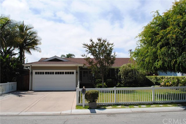 Single Family Home for Rent at 2581 Fairway St Costa Mesa, California 92627 United States