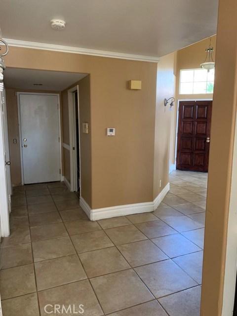 2632 Las Mercedes Lane, Corona CA: http://media.crmls.org/medias/451cd550-8f4c-4341-b6af-7b9826ded7ce.jpg