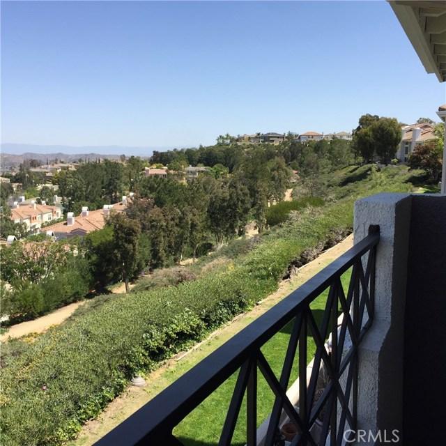8055 E Sandstone Drive, Anaheim Hills CA: http://media.crmls.org/medias/452196c3-5040-4669-a86d-19b14d826ef6.jpg