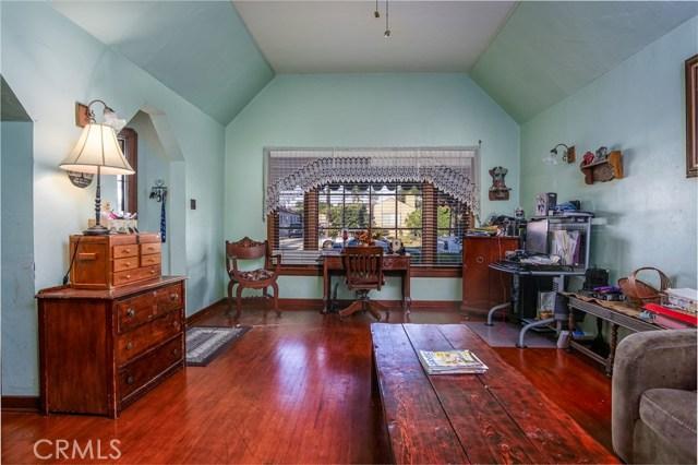 1144 S Parton Street, Santa Ana CA: http://media.crmls.org/medias/452e92ed-5f6e-418f-9138-f9dee114bfb3.jpg
