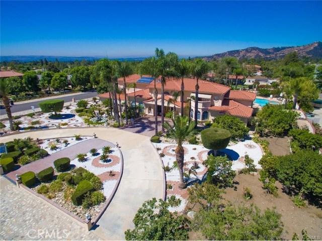 独户住宅 为 销售 在 1049 Amarillo Drive 克莱尔蒙特, 加利福尼亚州 91711 美国