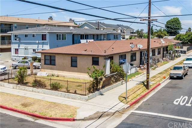 1605 208th, Torrance, California 90501, ,Residential Income,For Sale,208th,SB19174881