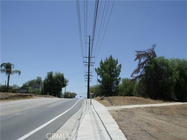 24579 Adams Avenue, Murrieta CA: http://media.crmls.org/medias/454b32a1-c356-4cb8-ad4b-3582feaabdd4.jpg