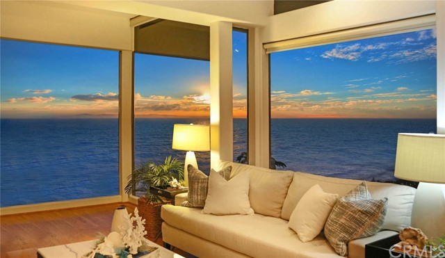 Photo of 750 Alta Vista Way, Laguna Beach, CA 92651