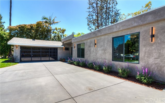 2017 Centella Place, Newport Beach, CA 92660
