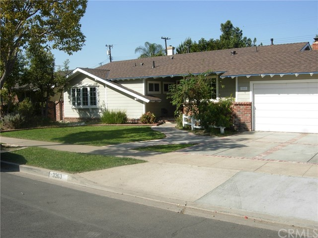 3263 W Ravenswood Dr, Anaheim, CA 92804 Photo 3