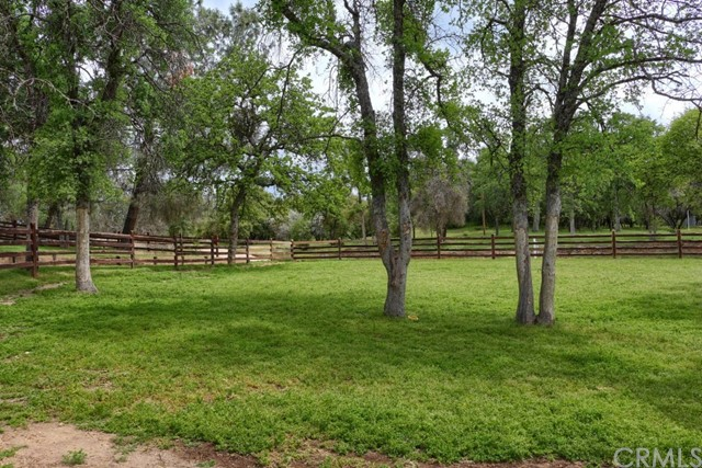31434 Wyle Ranch Road, North Fork CA: http://media.crmls.org/medias/456c9adc-cfd8-402c-bc64-ede8ce99729d.jpg