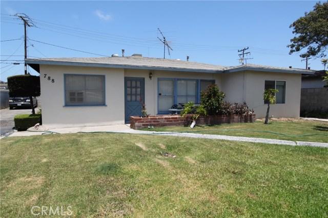 788 Joann Street, Costa Mesa CA: http://media.crmls.org/medias/456fd998-04f3-4438-8ce0-e75dcdb71d51.jpg
