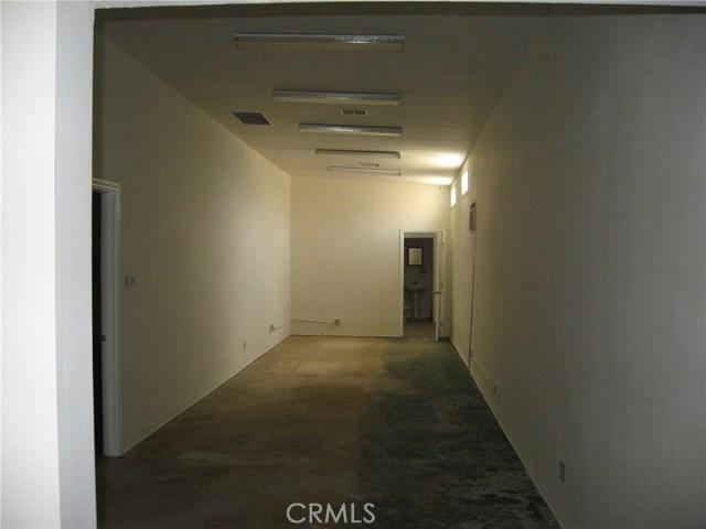 1214 N Wilmington N Avenue, Compton CA: http://media.crmls.org/medias/45705bae-b461-4b33-8052-d12ff85d0fe3.jpg