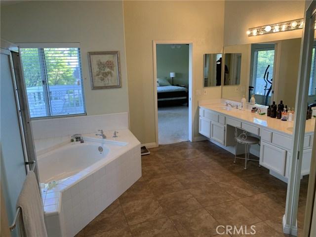 6225 Sunnyhills Place, Rancho Cucamonga CA: http://media.crmls.org/medias/4574800a-dac9-4ef6-8746-fedaef646103.jpg