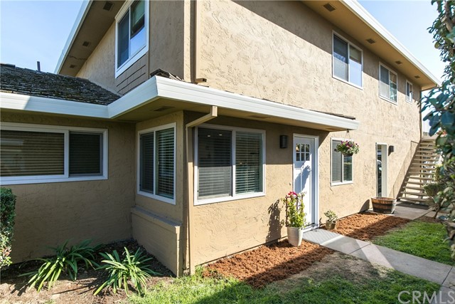 Detail Gallery Image 1 of 1 For 4450 Diamond St #2,  Capitola,  CA 95010 - 2 Beds | 1 Baths