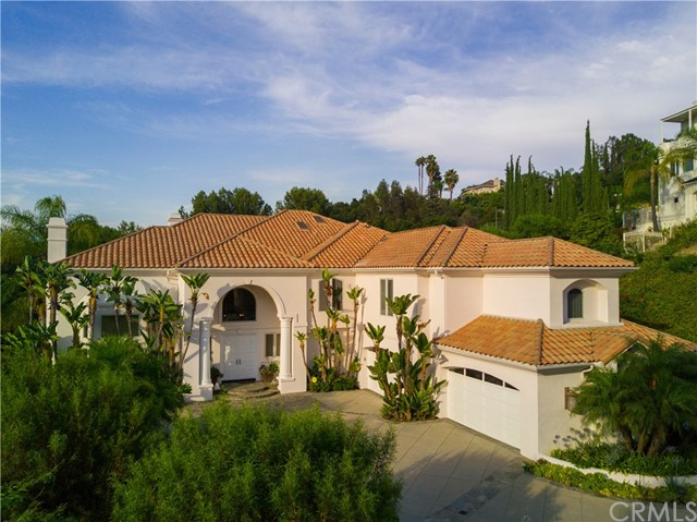 2720 Shadow Canyon Road, Diamond Bar CA: http://media.crmls.org/medias/458186c8-1457-4ec4-8d72-8ca7354952df.jpg