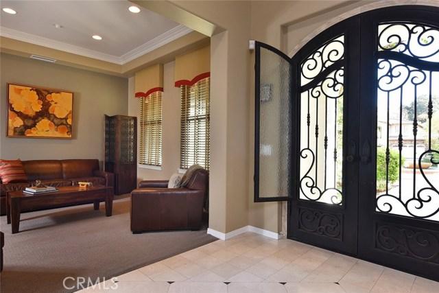 1335 Bentley Court, West Covina CA: http://media.crmls.org/medias/458a69bc-85c7-4c10-a9e8-20943dfe6093.jpg