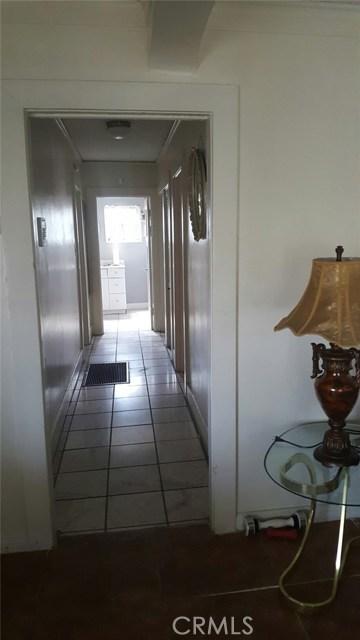 5749 8th Avenue Los Angeles, CA 90043 - MLS #: IV17162423