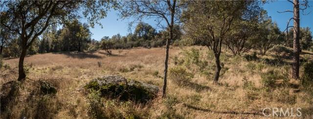 4907 Stumpfield Mountain Road, Mariposa CA: http://media.crmls.org/medias/45b3e2e7-6d83-49e6-8b6c-c2848e710465.jpg