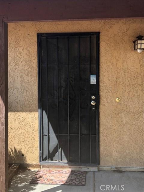 15012 Hopland Street, Victorville CA: http://media.crmls.org/medias/45b57c56-05fe-4429-8ad2-ea5b593f2b54.jpg