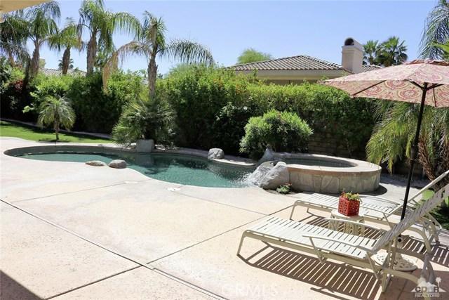 5 Varsity Circle, Rancho Mirage CA: http://media.crmls.org/medias/45bb39c3-7e26-493a-9c1d-74845d3a2e77.jpg