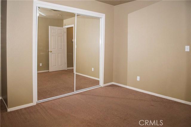 5321 W Fedora Avenue, Fresno CA: http://media.crmls.org/medias/45bbc298-e1e5-4346-97db-a78ca63a861e.jpg