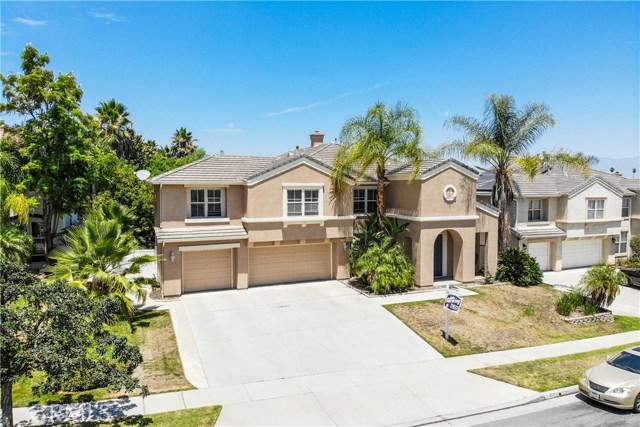 Photo of 3112 Pinehurst Drive, Corona, CA 92881