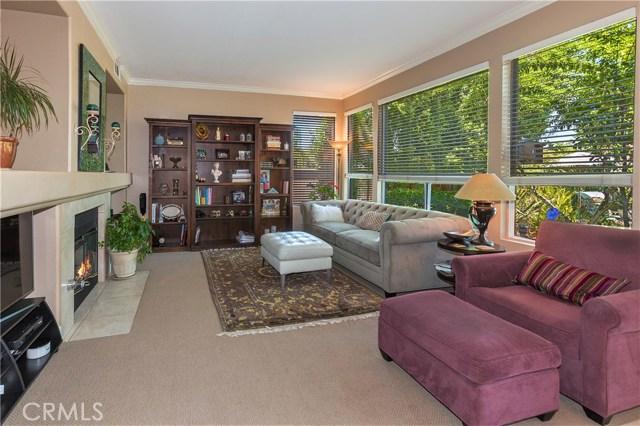 4300 Golden Glen Drive, Chino Hills CA: http://media.crmls.org/medias/45c80851-2807-49ba-bc8d-410324a4ded8.jpg