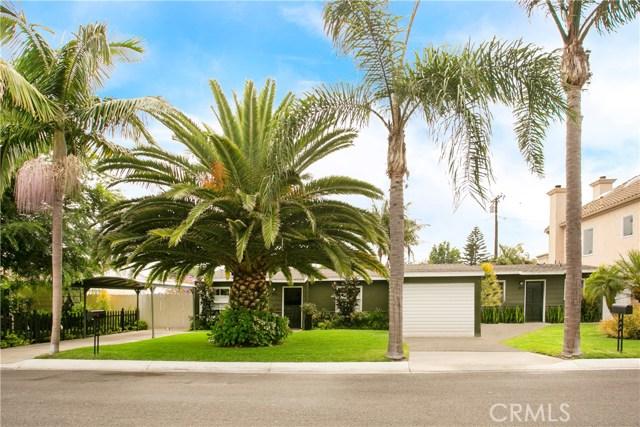 Photo of 379 La Perle Place, Costa Mesa, CA 92627