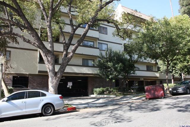 Condominium for Sale at 1339 Columbus Avenue Unit 324 1339 N Columbus Avenue Glendale, California 91202 United States