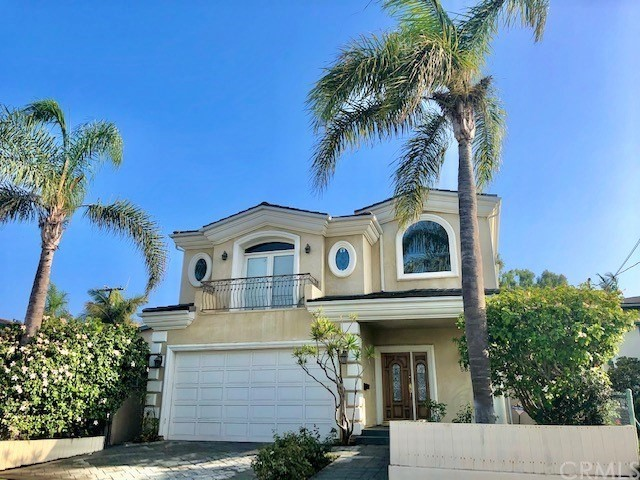 562 2nd Hermosa Beach CA 90254