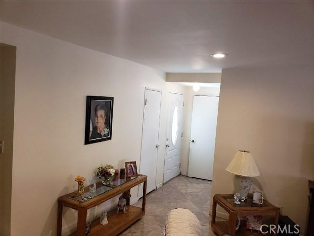 119 Cordova Street, Oxnard CA: http://media.crmls.org/medias/45f4c524-f4d3-4f73-8048-50a79d31bdee.jpg