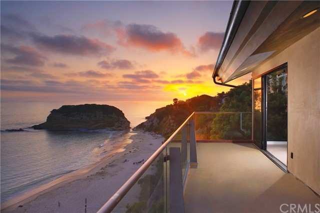 Photo of 33 Bay Drive, Laguna Beach, CA 92651