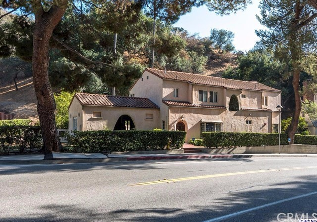 Single Family Home for Sale at 2644 Chevy Chase Drive E Glendale, California 91206 United States