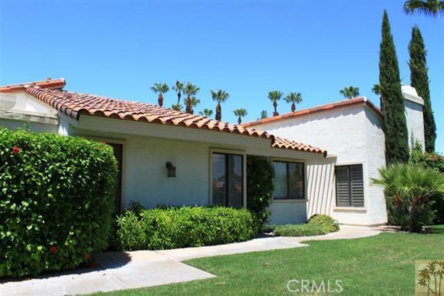 95 Tennis Club Drive, Rancho Mirage CA: http://media.crmls.org/medias/460e8e6c-2b20-40da-b9b2-aeeeefcfd155.jpg