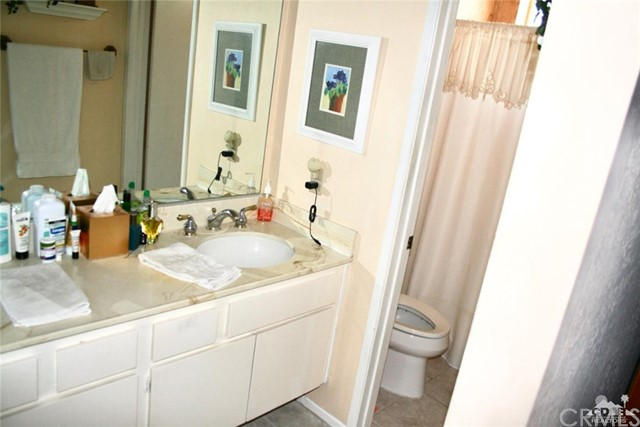 77596 Edinborough Street, Palm Desert CA: http://media.crmls.org/medias/46144a4e-e87e-4302-b8bf-8ad7171c83ba.jpg