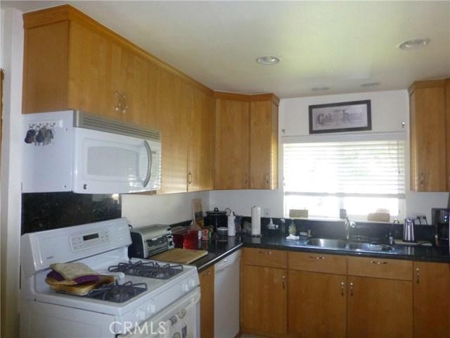 3481 Grant Street, Corona CA: http://media.crmls.org/medias/4618750d-fb52-4de6-9918-052f8fc5edab.jpg
