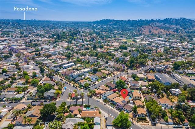 5682 ALDAMA Street, Highland Park CA: http://media.crmls.org/medias/461b73cf-3ecd-49b9-8635-f4fd79eb8a89.jpg