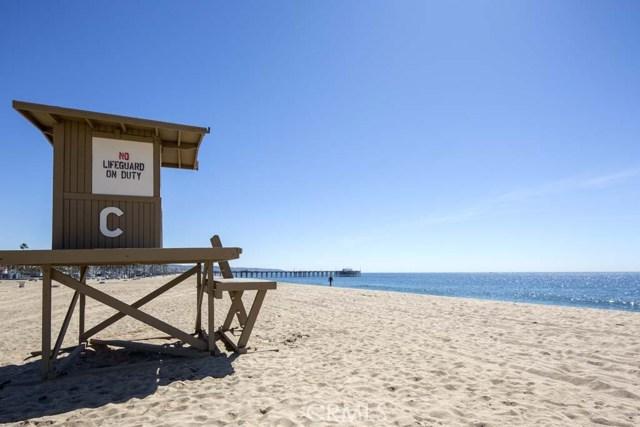Photo of  Newport Beach, CA 92661 MLS NP18054585