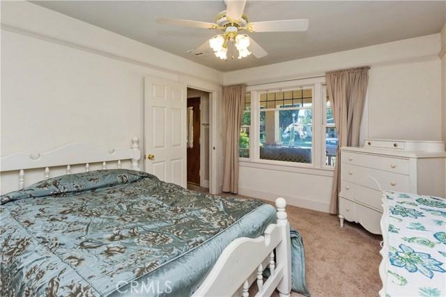 3601 Linwood Place, Riverside CA: http://media.crmls.org/medias/462274ff-650f-411a-8637-753423d6b129.jpg
