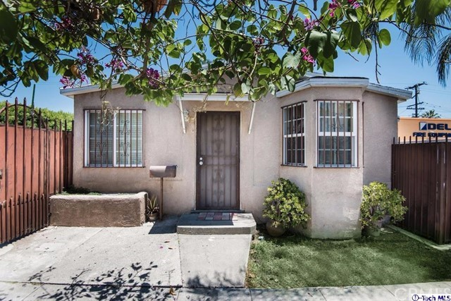 Single Family Home for Sale at 1322 S Gerhart Avenue Commerce, California 90022 United States