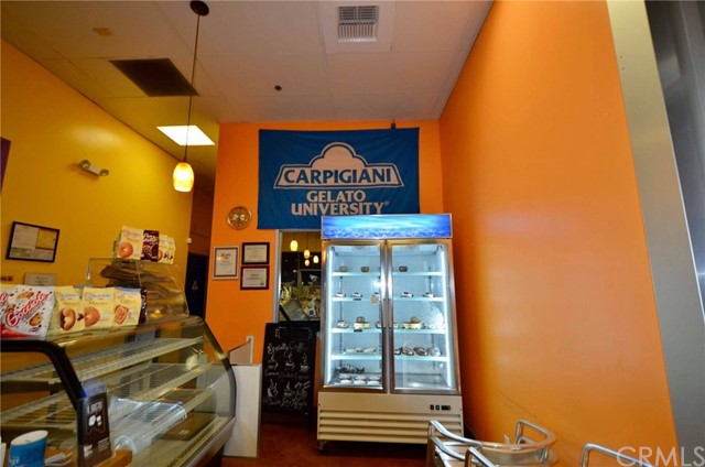 2682 E Garvey S Avenue, West Covina CA: http://media.crmls.org/medias/463b1d30-5d2a-40d5-bd99-91f67ad63079.jpg