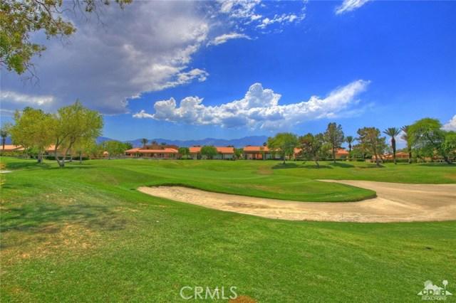75 Augusta Drive, Rancho Mirage CA: http://media.crmls.org/medias/464b2b5c-20c5-4f4f-908d-5ac687fe114d.jpg