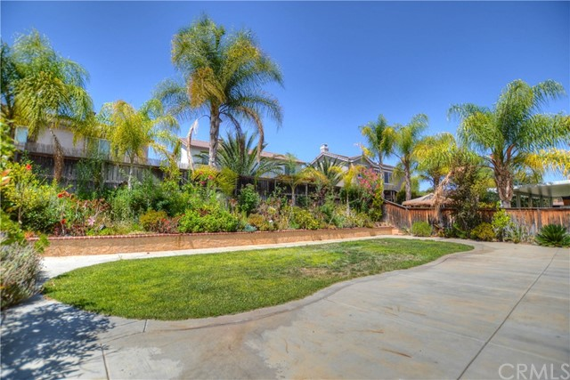 29803 Talitha Way, Murrieta CA: http://media.crmls.org/medias/464f3c2e-a723-4be3-8421-1a670e4c1a0f.jpg