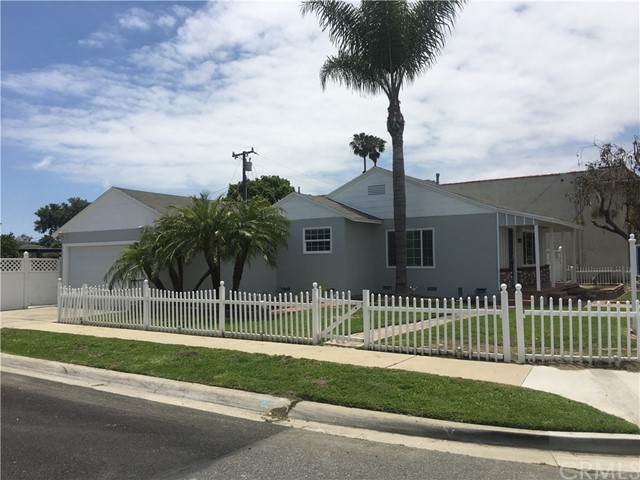 Combo - Residential and Commer for Rent at 4682 Katella Avenue Los Alamitos, California 90720 United States