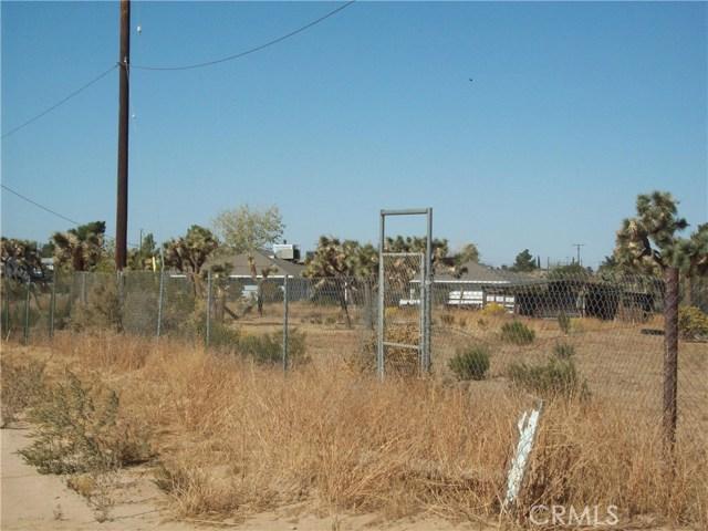 11232 Anderson Ranch Road, Phelan CA: http://media.crmls.org/medias/46554969-e6cd-4337-a1ad-0365a09f95c1.jpg