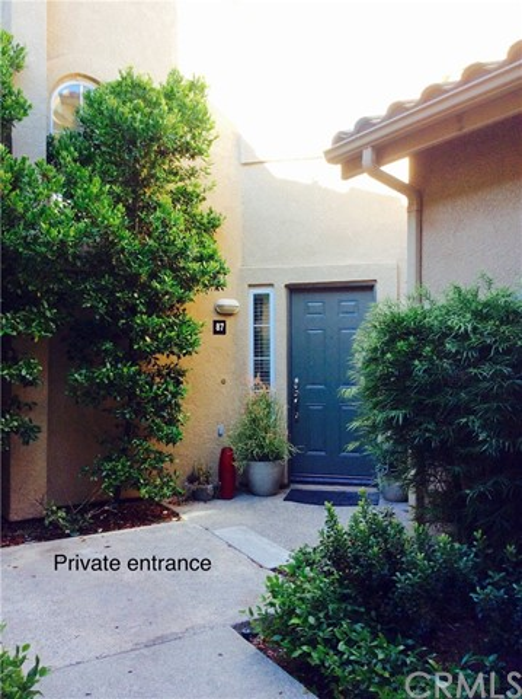 87 Waxwing Lane, Aliso Viejo CA: http://media.crmls.org/medias/467986c8-bf83-4e03-b6a7-f10e053a8f60.jpg
