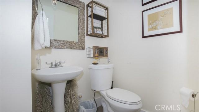 1311 S Center Street, Redlands CA: http://media.crmls.org/medias/46798d46-73d5-4dc5-ba68-c03eca7384ec.jpg