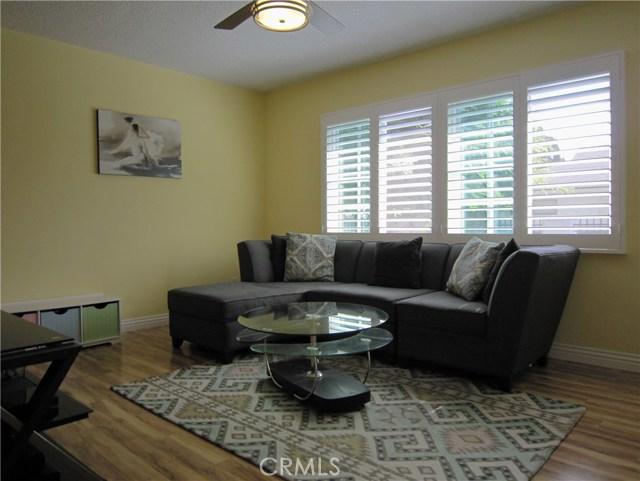 10145 Hayvenhurst Avenue North Hills, CA 91343 - MLS #: BB17240344