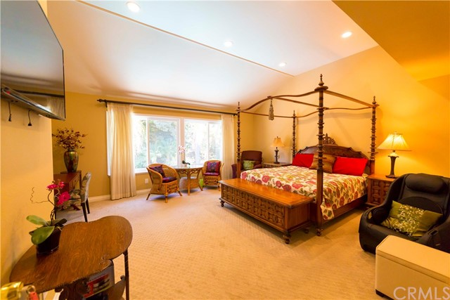 1304 Willow Bud Drive, Walnut CA: http://media.crmls.org/medias/46949ade-91dd-4830-be5c-6042e7db0ffd.jpg