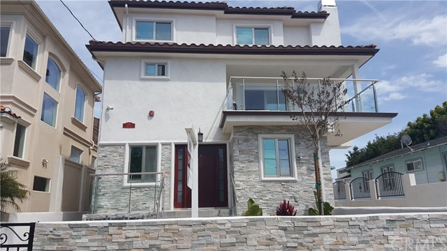 214 S Lucia Avenue Unit A Redondo Beach, CA 90277 - MLS #: SB18079343