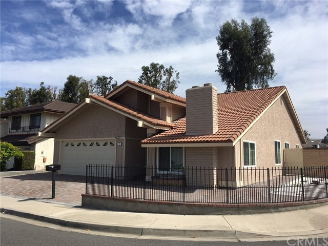 Single Family Home for Rent at 2 Farragut Irvine, California 92620 United States