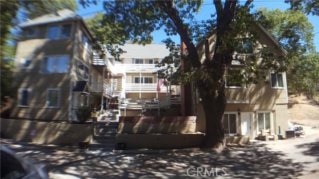 Casa Unifamiliar por un Venta en 29182 Lyon Drive Cedar Glen, California 92321 Estados Unidos